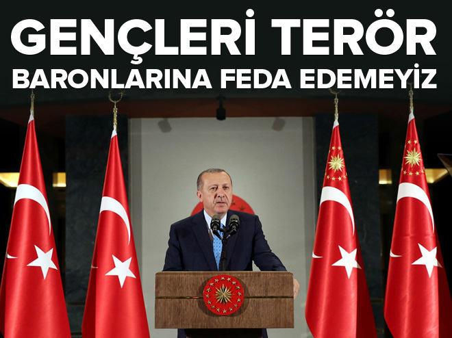 Cumhurbaşkanı Erdoğan STK temsilcileri ile biraraya geldi